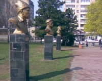 lugansk_memorial_wwi-_1-_left